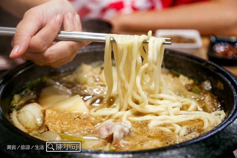 叻石鍋餐廳【新北市三重餐廳】叻石鍋壽喜燒專賣店,石頭火鍋吃到飽,還有壽喜燒、新加坡叻沙鍋吃到飽