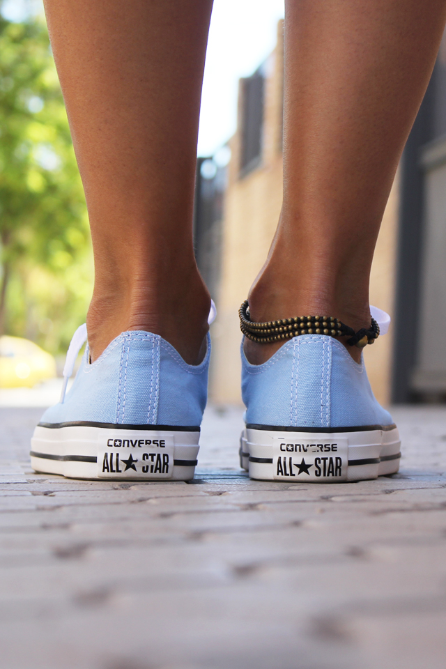 converse in blue coohuco 6