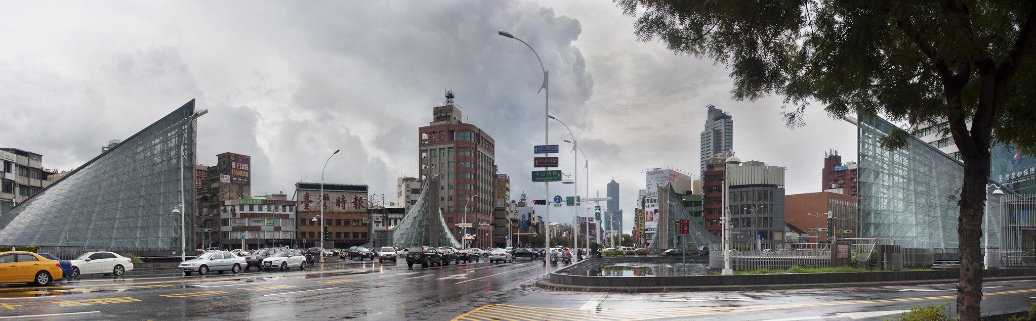 Formosa Boulevard Station 美麗島站