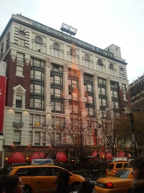Christmas Rush In NYC
