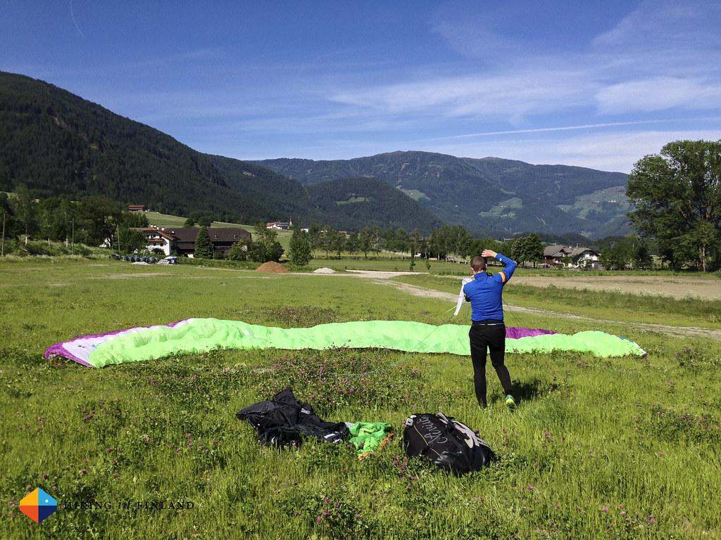 Paragliding VI