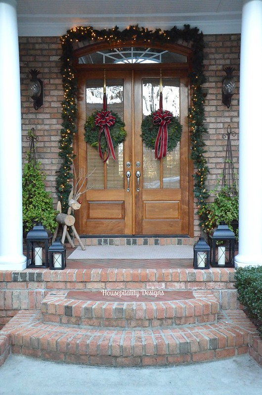 Christmas 2015 Front Porch - Housepitality Designs