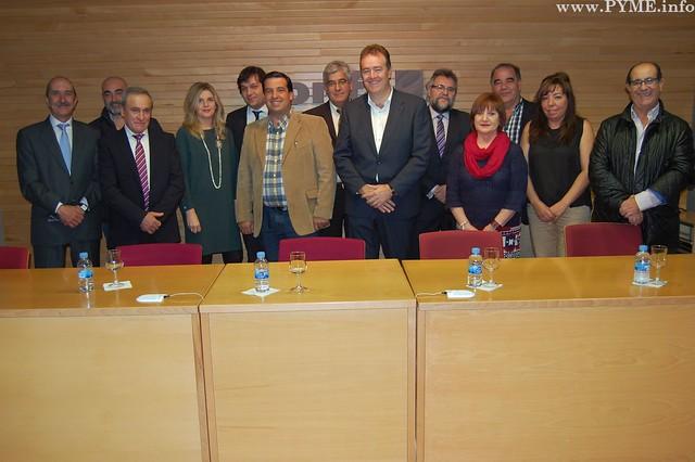 Nueva Comité Ejecutivo de CONFAES, con Juan Manuel Gómez como presidente.