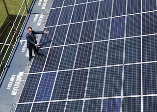 Inauguración de Paneles Solares en la Embajada