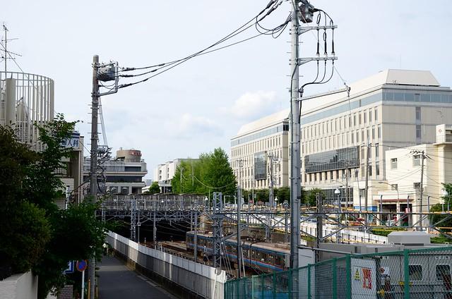 Toei 6300 Series at Hiyoshi Station