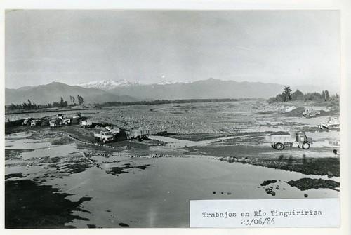 Chile 1986 - Temporales: Trabajos Río Tinguiririca
