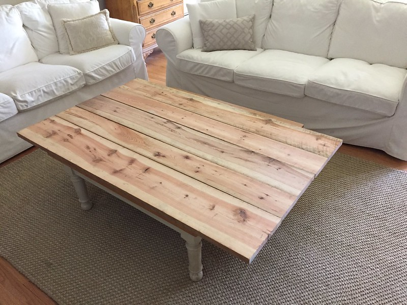 Mocking up old pine coffee table