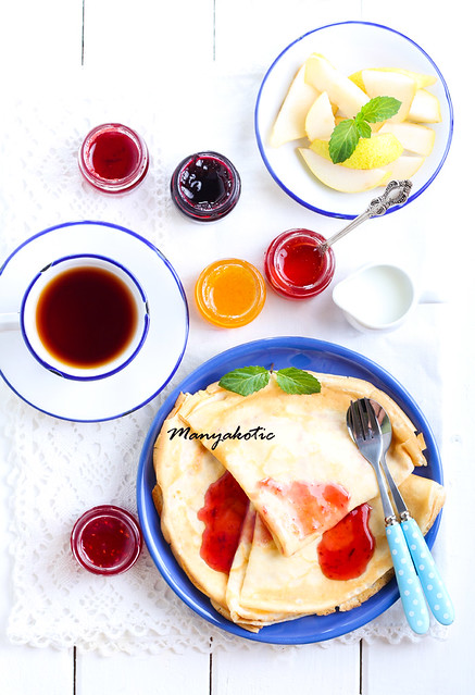 Crepes with different sorts of jam