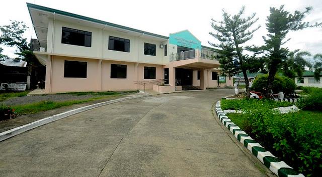 The newly-rehabilitated Bingawan Municipal Hall - July 2015