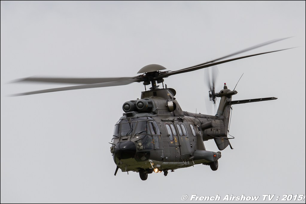 Swiss Super Puma Solo Display hélico Fly-In CASG Prangins 2015 aerodrome de la Côte LSGP Canon Sigma France contemporary lens Meeting Aerien 2015