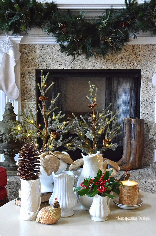 Christmas Vignette/Mantel 2015 - Housepitaity Designs