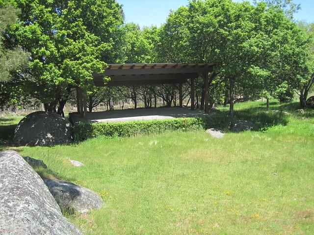 Área recreativa Pena de Rodas en Outeiro de Rei