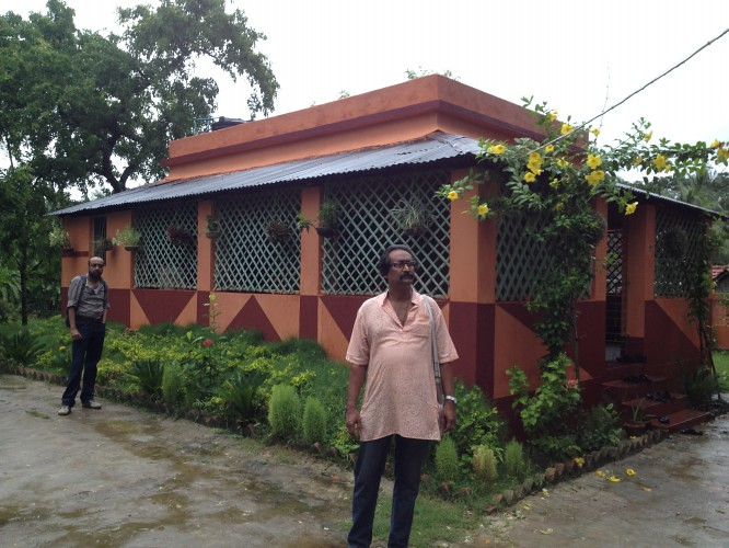 Sudipta Da House (From Left Mrinal and Ashesh Da) in Deulti, Howrah - West Bengal, India