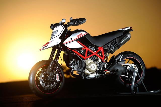 Эндуро Ducati Hypersmotard 1100 EVO SP