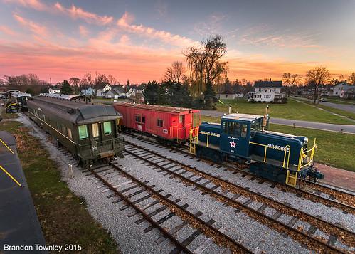 railroad sunset ohio museum trains bellevue generalelectric railroadmuseum penncentral bellevueohio madrivernkp