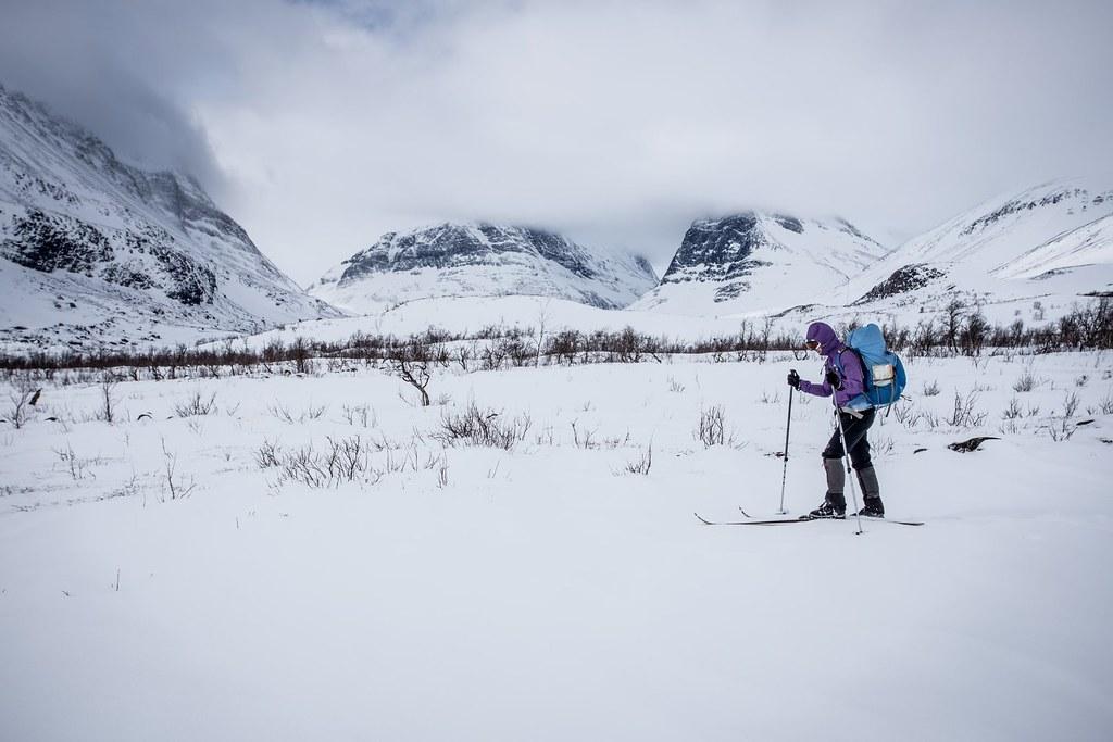 Sking toward Nikkaluokta, leaving Kebnekaise behind. Lappland. Sweden. #3monthspregnantinpicture