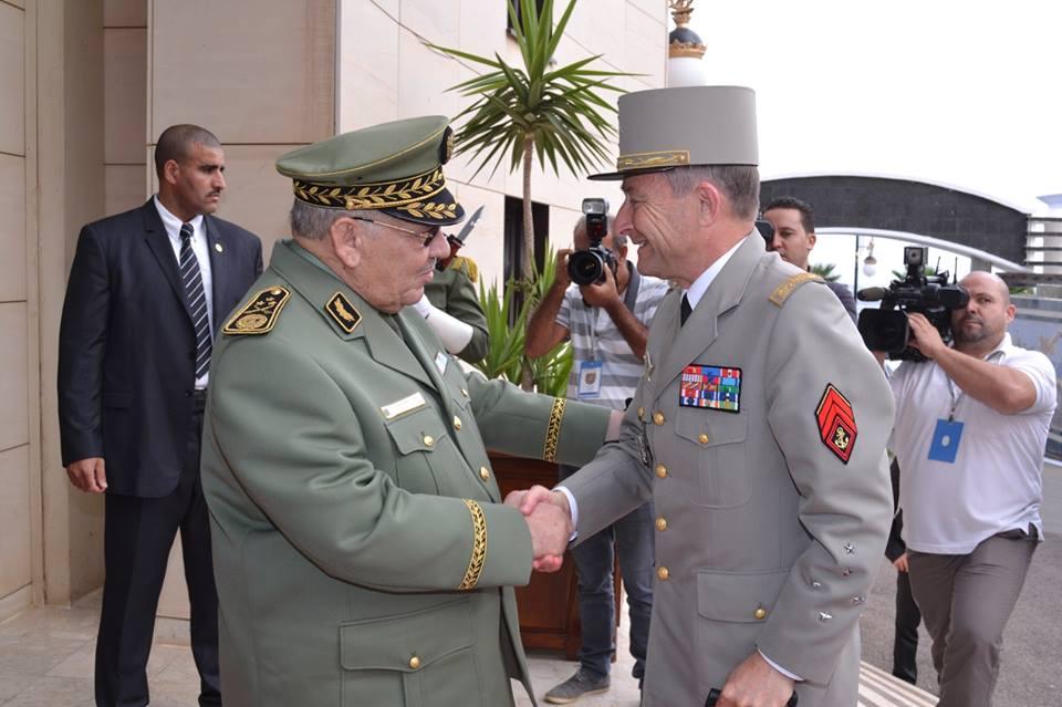 الجزائر : صلاحيات نائب وزير الدفاع الوطني - صفحة 5 30663493472_e5c9cf7564_o