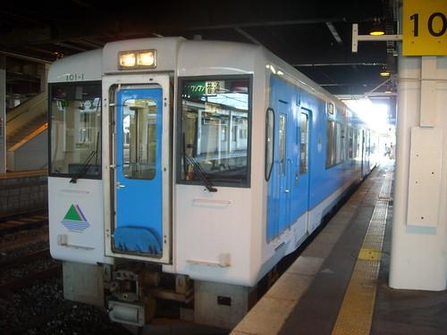 左沢線のディーゼルカー 山形駅にて