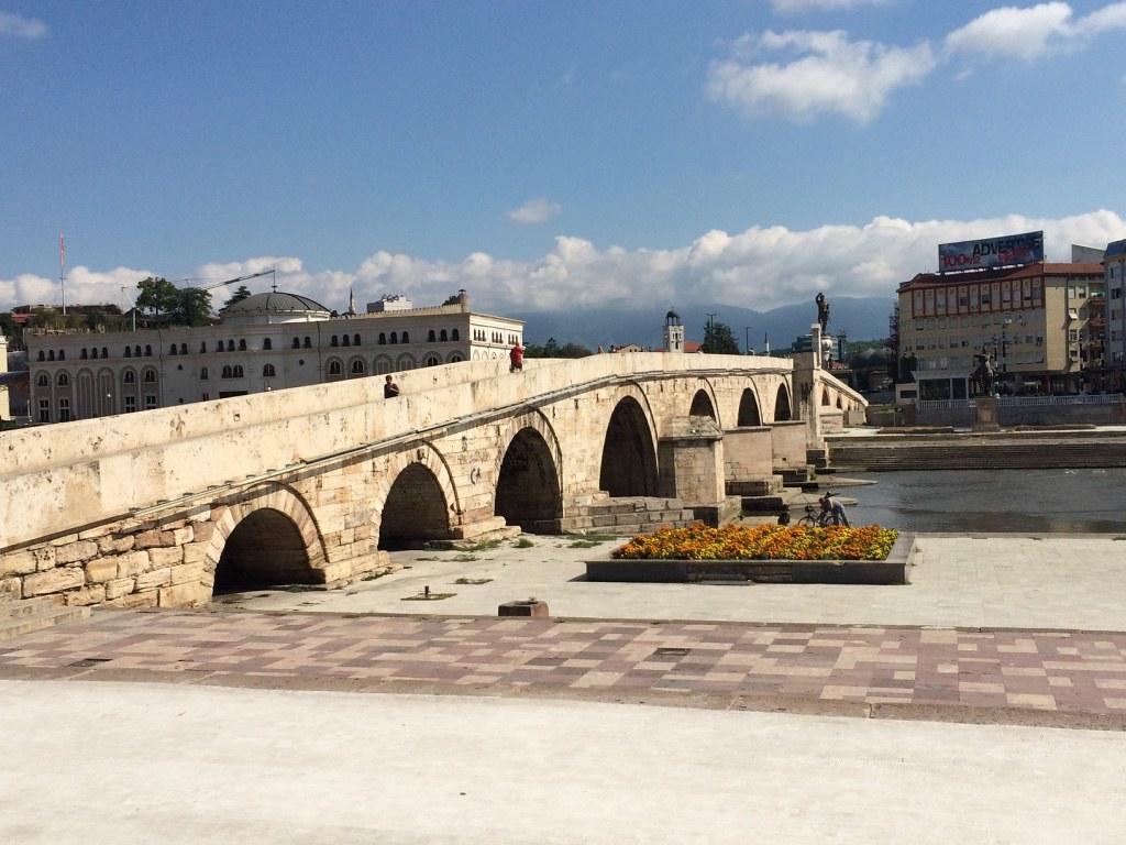 makedonya_tas_kopru