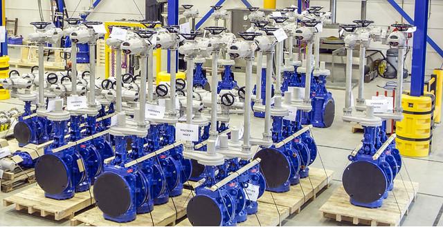 Van công nghiệp được sử dụng nhiều trong các ngành hàng hải, dầu khí, hóa chất và thực phẩm