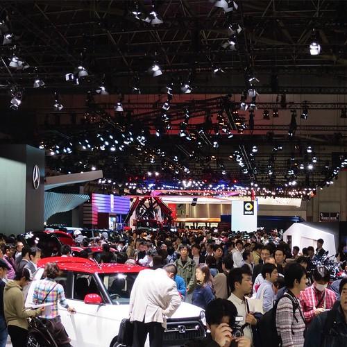 会場、人たくさん。 #東京モーターショー #ベストカーアンバサダー