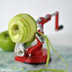 Tala Apple Peeler, Corer And Slicer 7