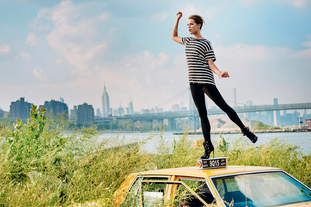 Алисия Викандер — Фотосессия для «Porter» 2016 – 3
