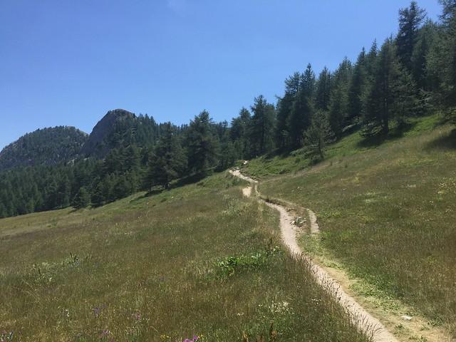 GR5 vallée étroite