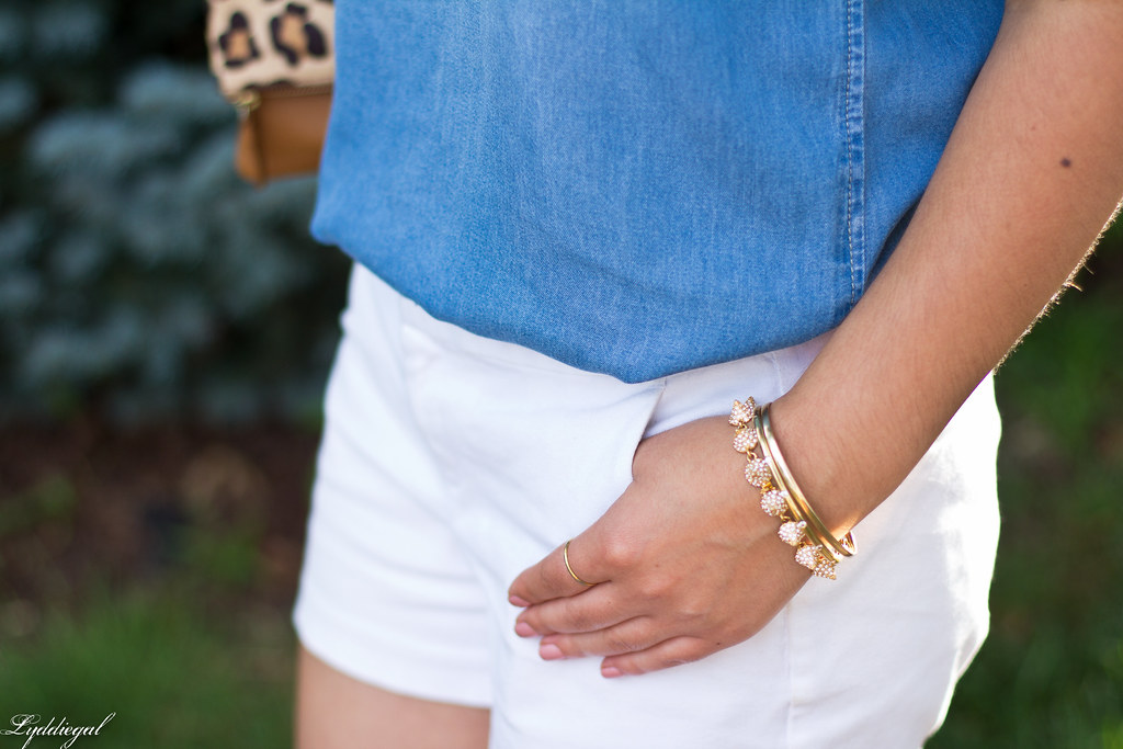 chambray tee shirt, white shorts, leopard clutch-9.jpg