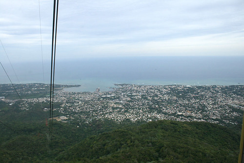 View from cable car to Puerto Plate / Blick aus der Seilbahn auf Puerto Plata - Mount Isabel de Torres