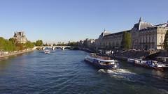 La Seine, Pont Royale, l'École du Louvre et Musée d'Orsay
