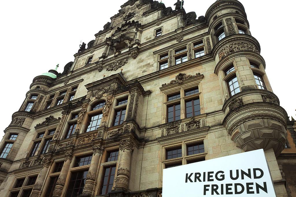 KRIEG UND FRIEDEN--Dresden 2