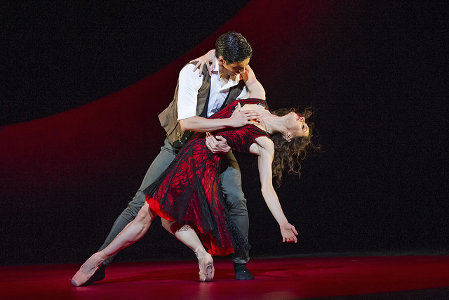 Marianela Nuñez and Federico Bonelli in Carmen © 2015 ROH. Photo by Tristram Kenton