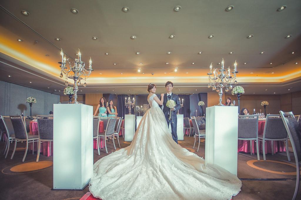 20150228六福皇宮婚禮記錄婚攝 (111)