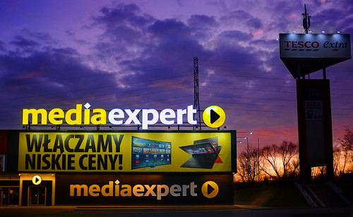 morning blue light sunset red sky color film colors sign yellow shop retail sunrise lights store media fuji live wide obey dramatic poland wideangle simulation tesco velvia electronics hour fujifilm they mode consume consumer expert lodz łódź sklep rtv x100 agd niskie ceny mediaexpert włączamy