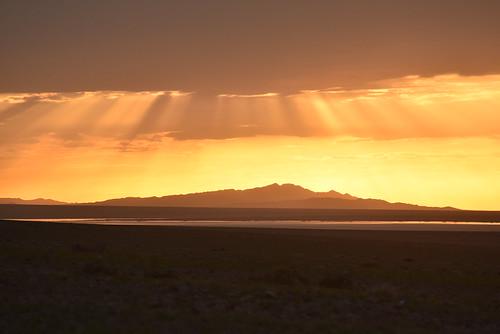 sunset mongolia bayankhongor