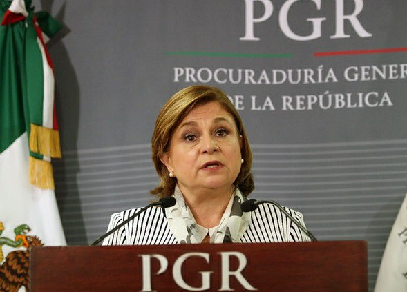Se reúne titular de PGR con comisión sobre caso Iguala