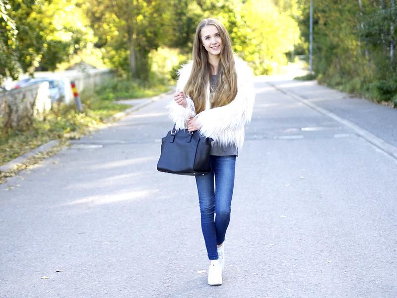 bloggerslounge2