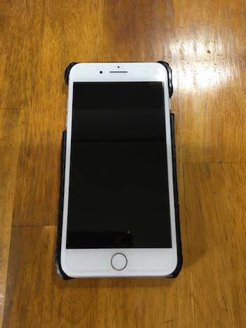 iPhone 7 Plusにケースを装着