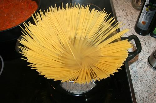 39 - Spaghetti kochen / Cook spaghetti