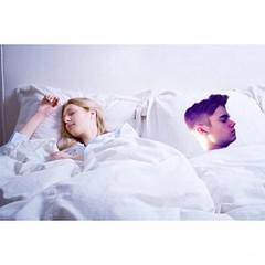 """""""Justine Bieber Yastık Kilifi"""" Kim Justine ile uyanmak ister?  ;) KARGO DAHİL SADECE 32,90 TL www.hediyemucidi.com İMKANI İLE HEMEN SATIN ALIN!!! #justine #bieber #yastik #kilifi #ilginc #hediye WHATSAPP 0534 210 75 88"""