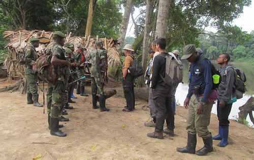 departure parade at Obenge