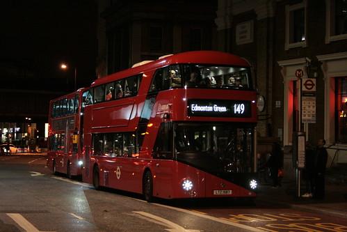 Arriva London LT587 on Route 149, London Bridge