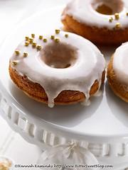 Sesame-Pistachio Doughnuts (3/3)