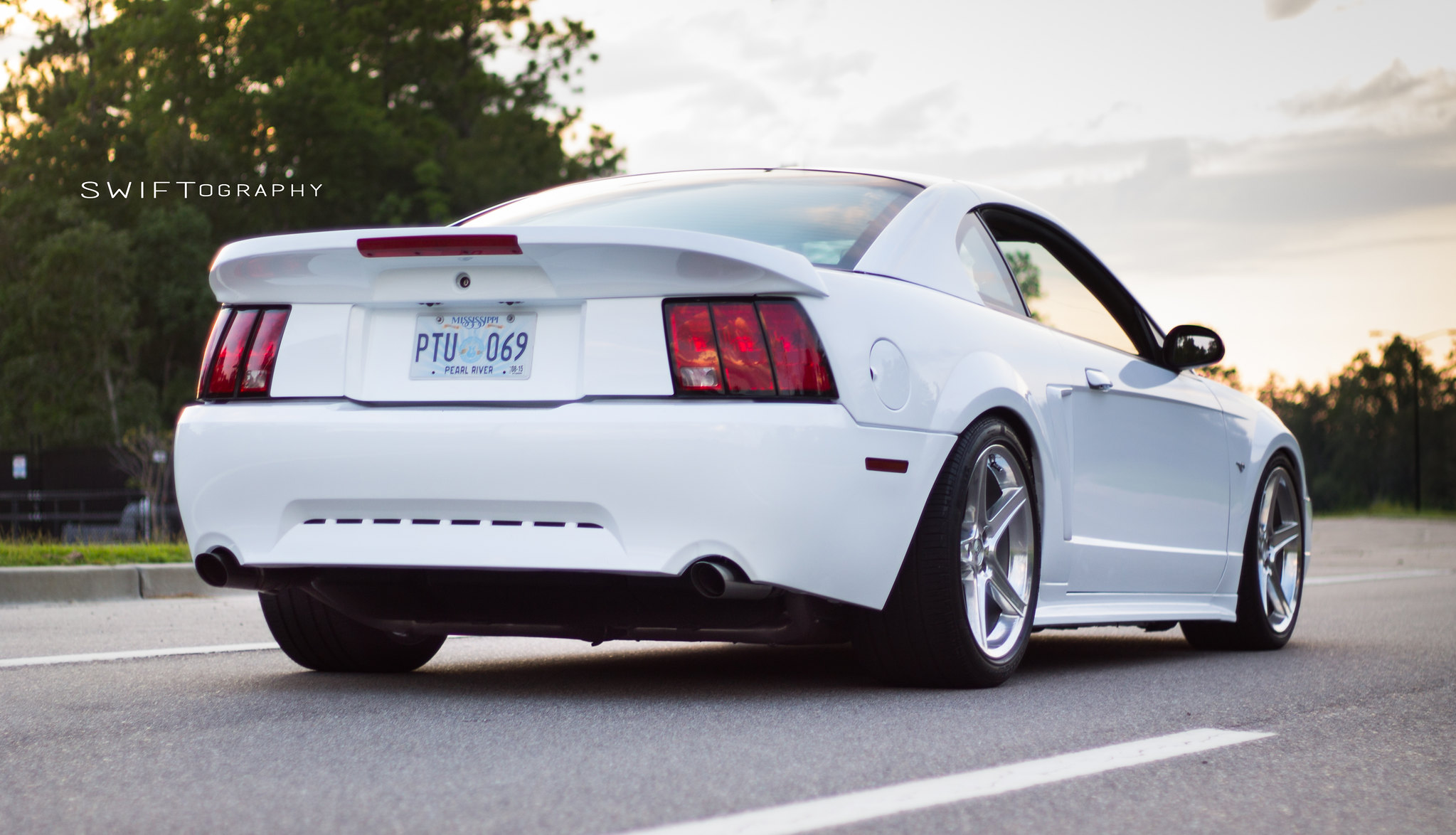 ebay saleen spoiler forums at modded mustangs. Black Bedroom Furniture Sets. Home Design Ideas