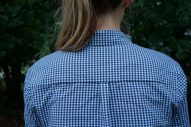 navy gingham archer | allie J. | alliemjackson.com