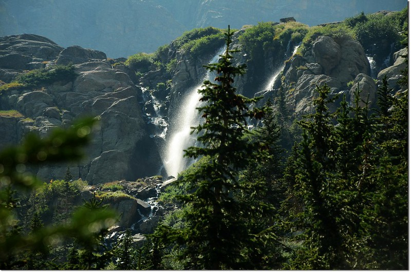 Timberline Falls tumbles out of Glass Lake 1
