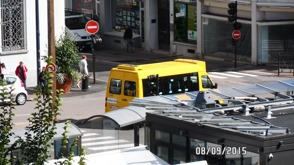 La Navette (Noventis 220 et 420, Boxer, City 21 & Bluebus 6) - Page 10 21063573750_bea5286082_b