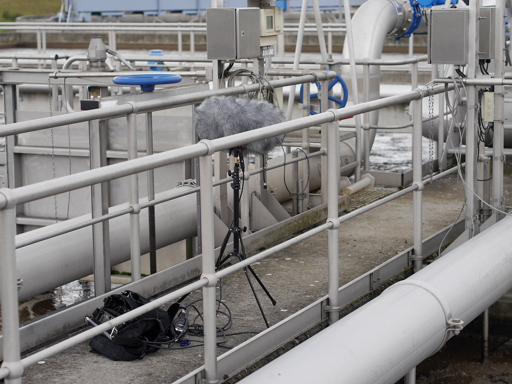 Piping systems 192 khz water gas pipe sound recordings for Sewage piping system