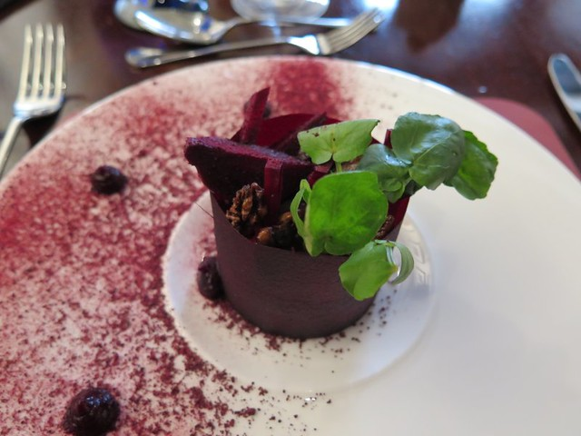 Beetroot and goat's cheese mousse
